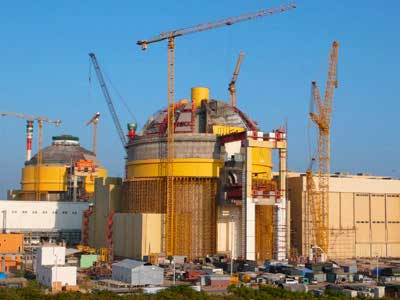 Six killed in bomb blast near Kudankulam nuclear plant (Video)