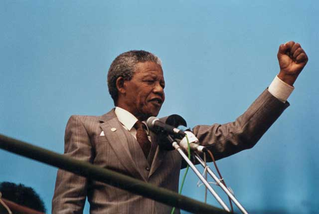 Nelson Mandela passes away newsfirst (03)