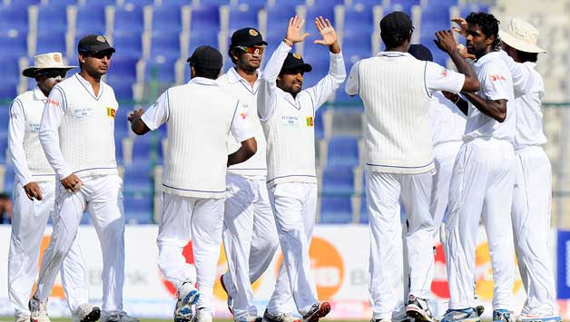 Mahela's century strengthens SL in second against Pakistan