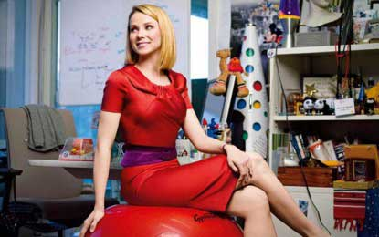 Yahoo CEO gets paid $214 mn for doing nothing