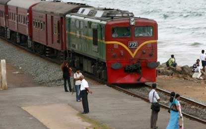 Trains to be delayed; solutions likely after afternoon discussions