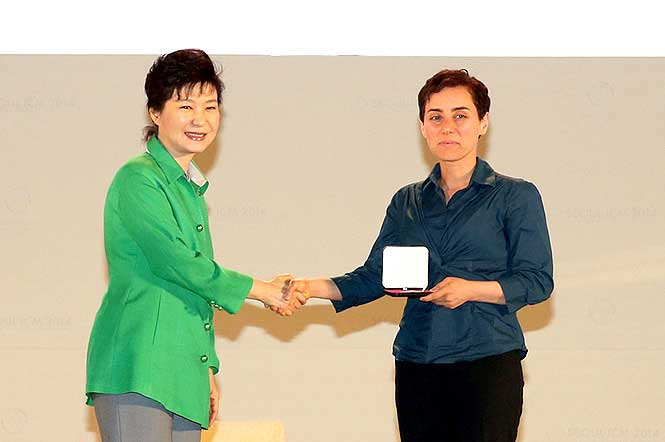 Top Math prize has its first female winner