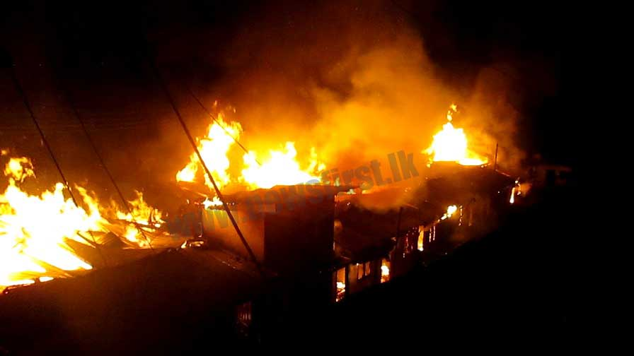Dayagama line-house fire displaces over 20 families (Photos/ Video)