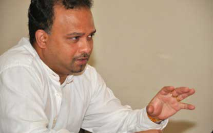 I will not interfere with the interim committee, says Min. Navin Dissanayake (Watch Video)