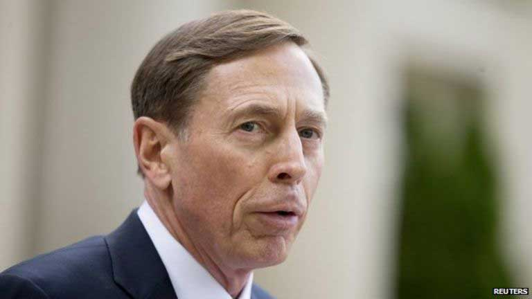 IS conflict: Petraeus urges Iraq to use politics to win