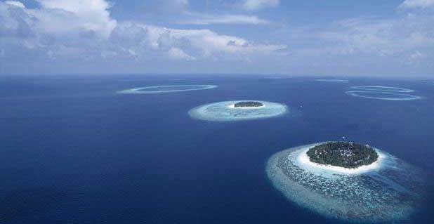 Maldives –  a nation with low-lying islands at risk