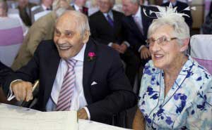 worlds-oldest-couple_650x400_61434212868