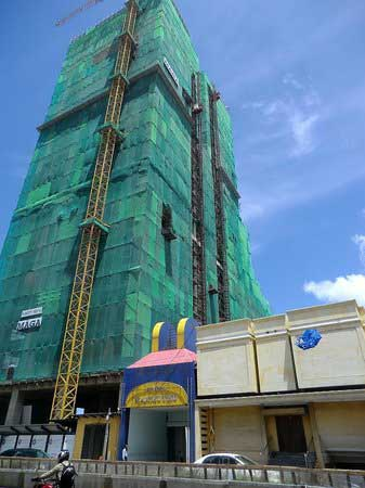 More controversy builds around Sri Lanka's Hyatt project