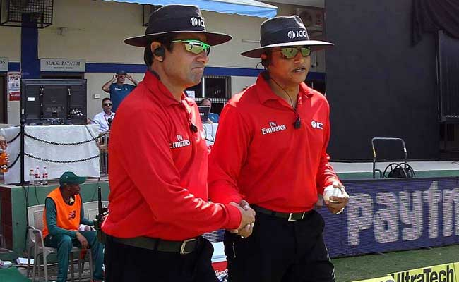 Umpire Aleem Dar withdrawn from India v South Africa series