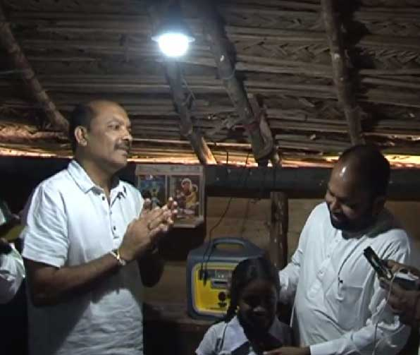 Sunshine brightens lives of Mottuwarama islanders; new beginnings with electricity