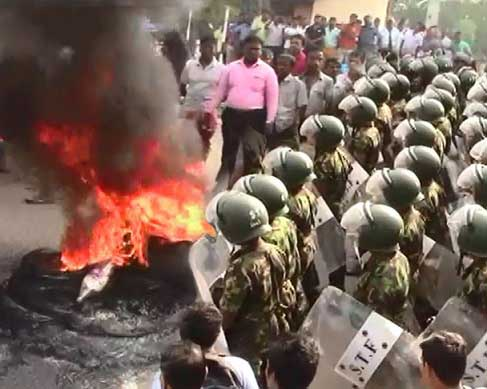 21 Police officers attached to Embilipitiya Police transferred following clash