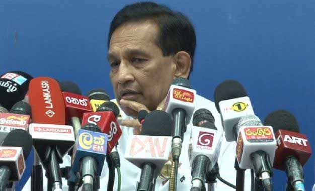 WHO hands over aid to Health Ministry at Colombo event