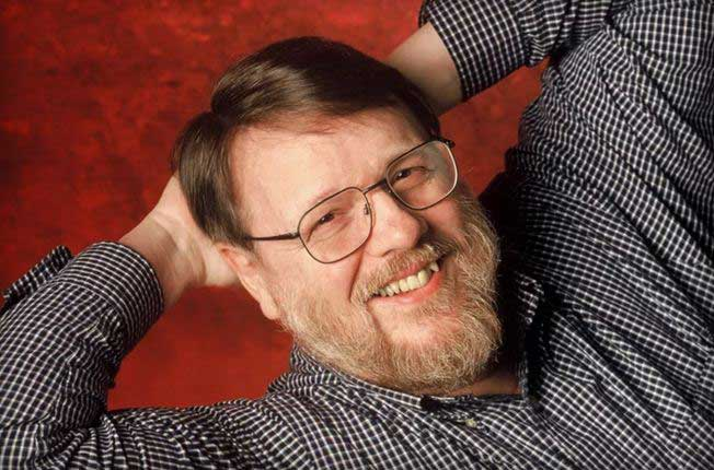 Inventor of Email Ray Tomlinson  dies from heart attack