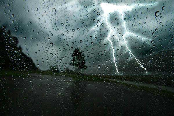 Met.Dept predicts heavy rainfall and thunder showers around the Island