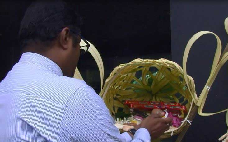 Kap erecting ceremony for Sirasa – John Keells Vesak Zone held today