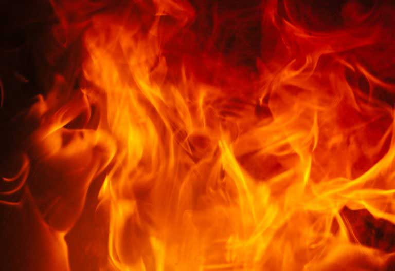 Fire erupts at Museaus College, Colombo