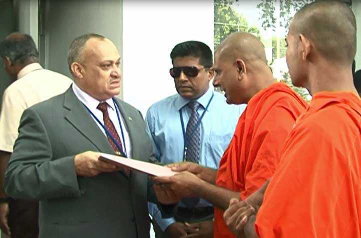Several individuals hand over epistles to UN office in Colombo