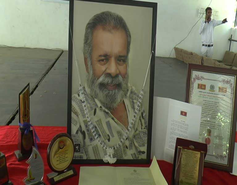 Final rites held for late actor Wimal de Costa