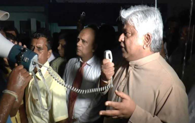MP Arjuna Ranatunga meets protesting Hambantota Port employees