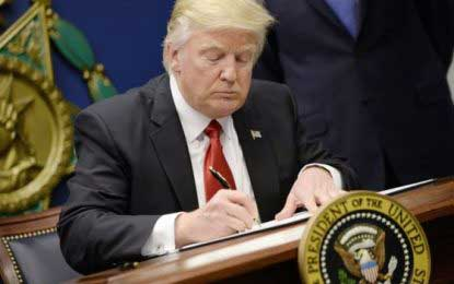 Trump executive order: White House stands firm over travel ban
