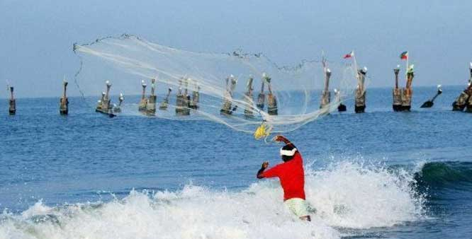 Sri Lankan Navy arrests Tamil Nadu fishermen