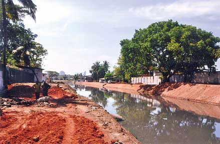 Illegal constructions around canals draw attention of authorities