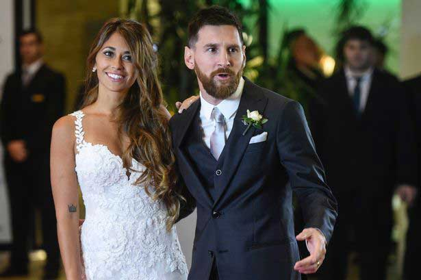 Argentine football star Lionel Messi weds his long-time girlfriend
