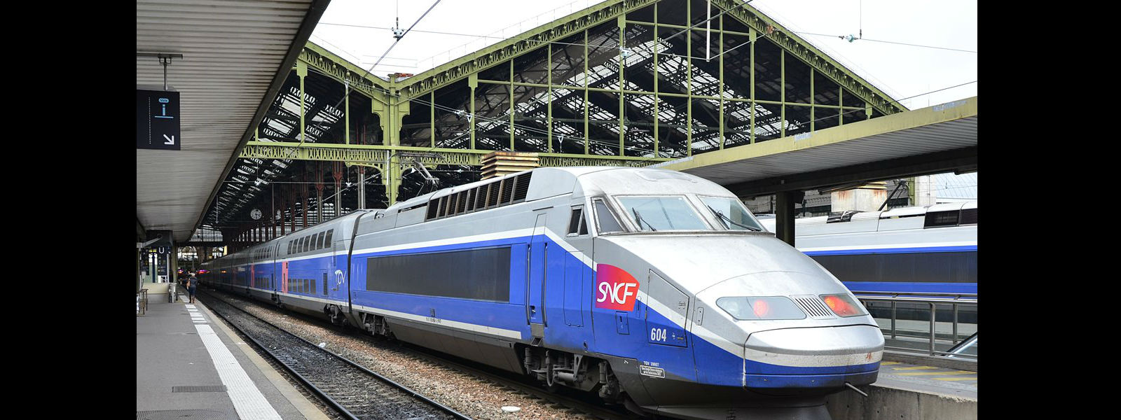 French SNCF rail strike to defy Macron labour reforms