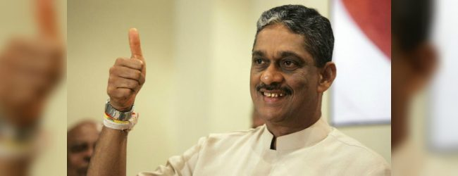 Min. Sarath Fonseka records a statement at CID