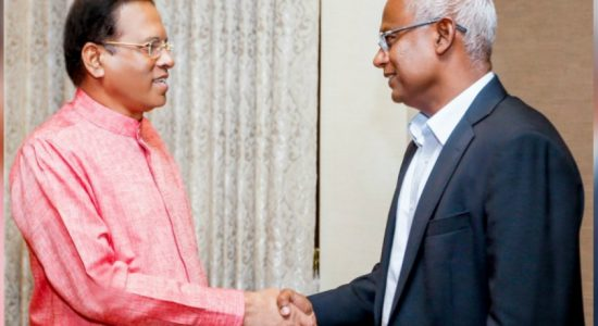 President meets Maldivian counterpart at BIA