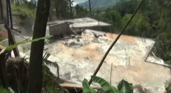 Dramatic footage of earthslip in Castlereigh