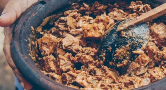 How to make a traditional Sri Lankan Polos Curry