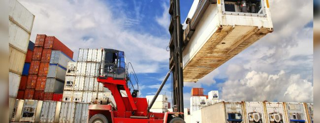 Private sector granted permit to maintain Inland clearance depots for LCL's