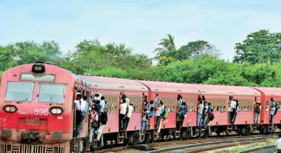 Kurunegala – Wellawa trains delayed