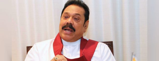 Opposition leader meets Mahanayakes in Kandy