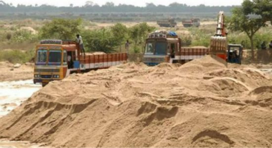 Nine arrested in Horowpathana for illegal sand transportation