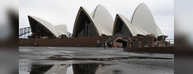 Hundreds evacuated after gas leak at Australia's Sydney Opera House